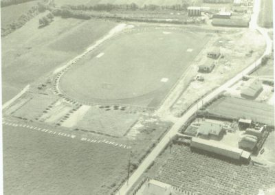 Construction stade de foot en 1968 - MARSOUINS BRETIGNOLLAIS
